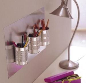 Upcycling: konservburkar blir skrivbordsförvaring. Bloggen Re-creating.se
