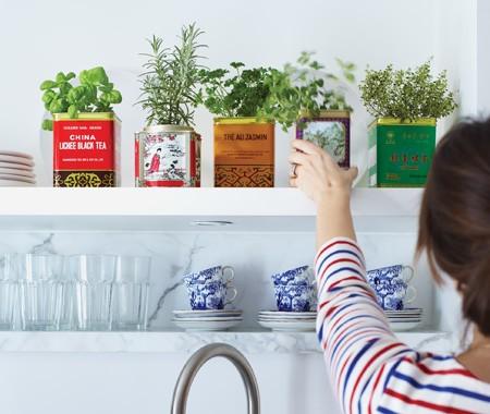 Upcycling: vintage-burkar till krukor. Bloggen Re-creating.se (återbruk)